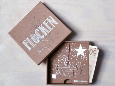 Good old friends Winter Geld- Geschenkbox Flocken