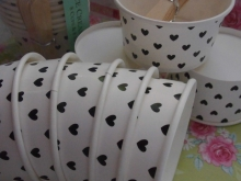 "8 ICE CREAM Cups ""BLACK HEARTS"" ♥"